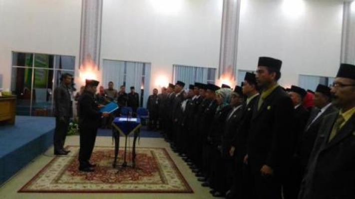 112 Pejabat Pengawas, 8 Pejabat Administrator Dilantik Bupati Amril